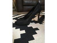 Carvela by Kurt Geiger Black Ladies Heels - Size 7 (40)