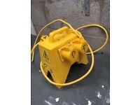 110v Splitter Junction Box (Carroll & Meynell)
