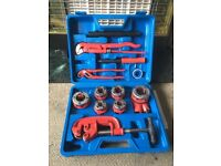 pipe thread cutting kit 10 piece