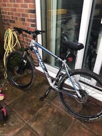 Giant 2 men's bike