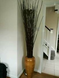 Vase with long twigs