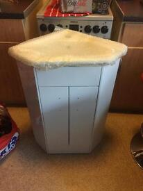 Corner sink new bit of damage on back £60
