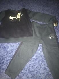 3 year Nike tracksuit