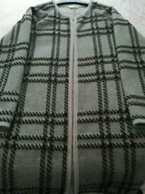 Long coat / cardigan