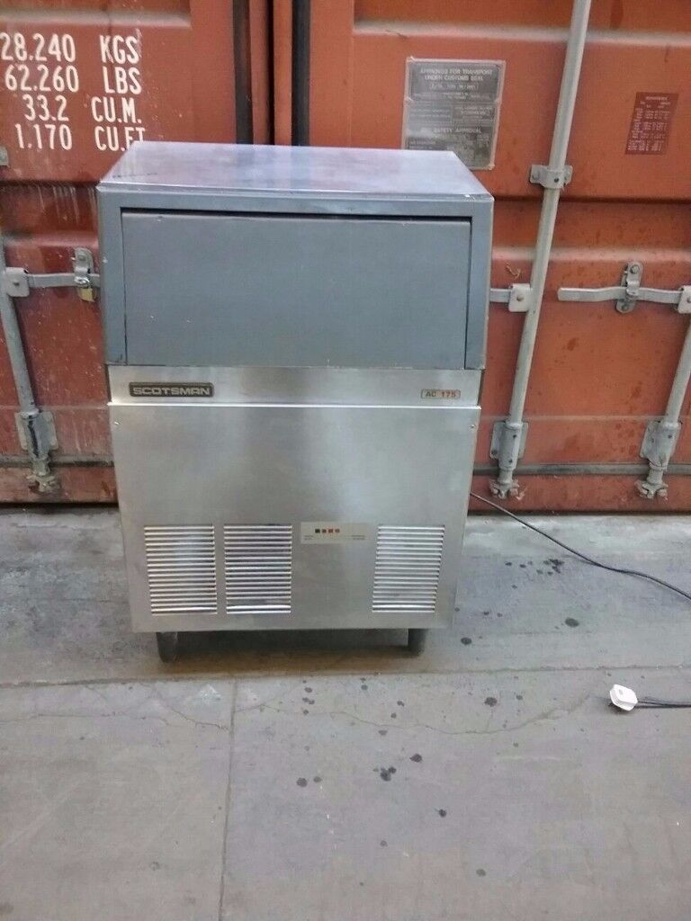 SCOTSMAN Commercial Ice Maker / Ice machine 82 kg per 24 hrs