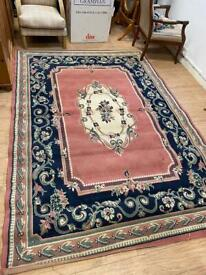 Large traditional rug 270x190cm