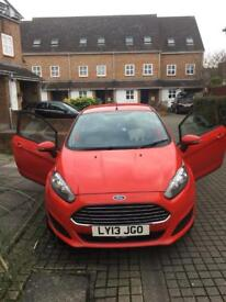 Ford Fiesta red 1.25