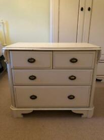 Stunning Chest of Drawer