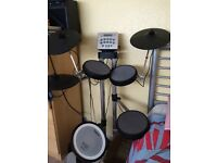 Fantastic Roland electric drum kit and amplifier