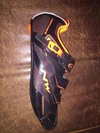 Northwave Road Cycling Shoes black and orange