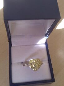 Brand new! Heart design ring Further Reuction!!!!