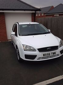 Ford Focus Estate, FSH, 1 previous Owner, Excellent condition, FULL YEARS MOT!!!