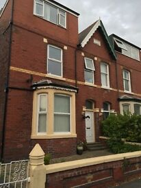 1 bed flat to rent in lytham st Annes - a couple of minutes walk from the square