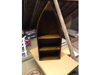 Wall shelf unit - boat design