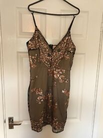 Ladies dress from pink boutique worn once excellent condition size 10