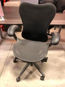 Herman Miller Mirra2 - Office Chair