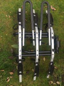 THULE 3 bike ball hitch rack
