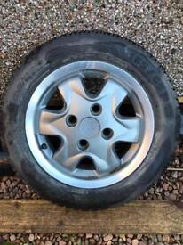 Ford Ka alloy wheel and tyre 165/65/13 NEW