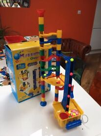 56 piece Marbutopia continuous marble Run