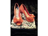 MISS KG suede courts size 5