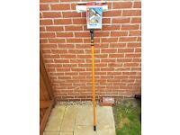 WINDOW CLEANER: 3.5M HOME VALET