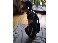 Taylormade golf set. R7.