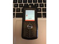 Perfect Motorola L7 Black Mobile Phone on the Vodafone Network + Charger + Sim Card