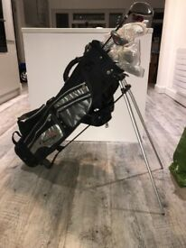 Chicago golf clubs - unused set of 9