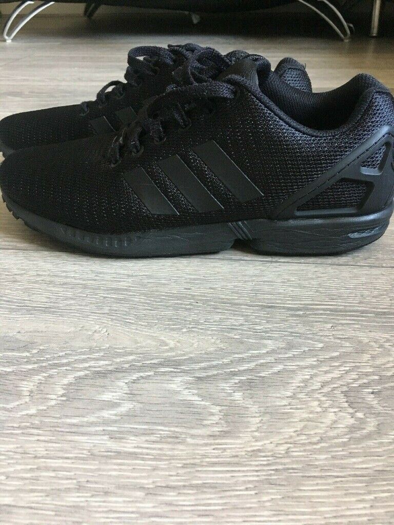 best sneakers c428c a6edd **£50** RRP £70 Mens Adidas Originals ZX Flux Trainers UK Size 9 - VERY  GOOD CONDITION | in Ilford, London | Gumtree
