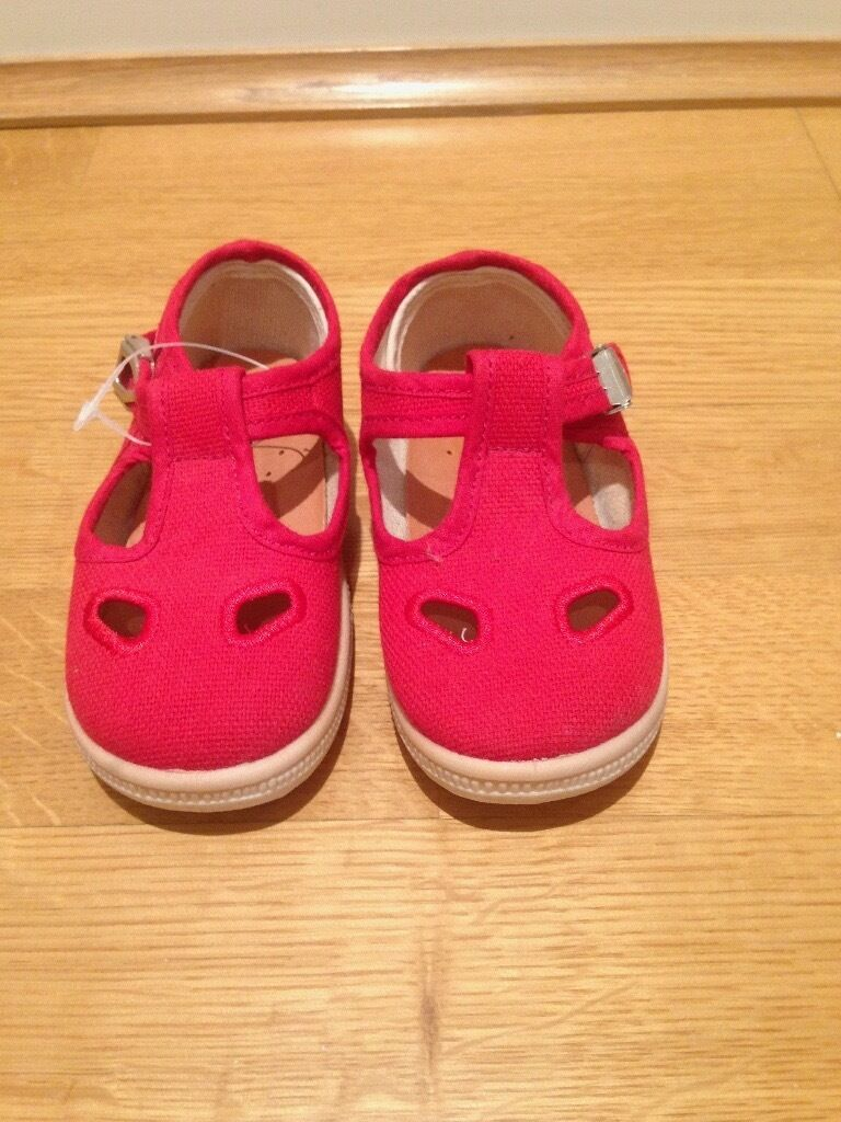 PRIMIGI red girls shoes - Size UK6 / Euro 23 - Never worn