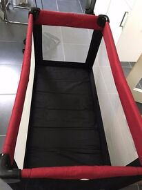 Kite Snoozing Travel Cot -very good condition