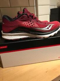 Women's Saucony kinvara 8 running shoes size 7.5