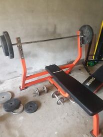 Olympic weight bench and 7ft bar