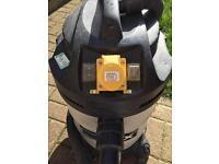 FOX 30L Wet/Dry Vacuum Extractor 110v