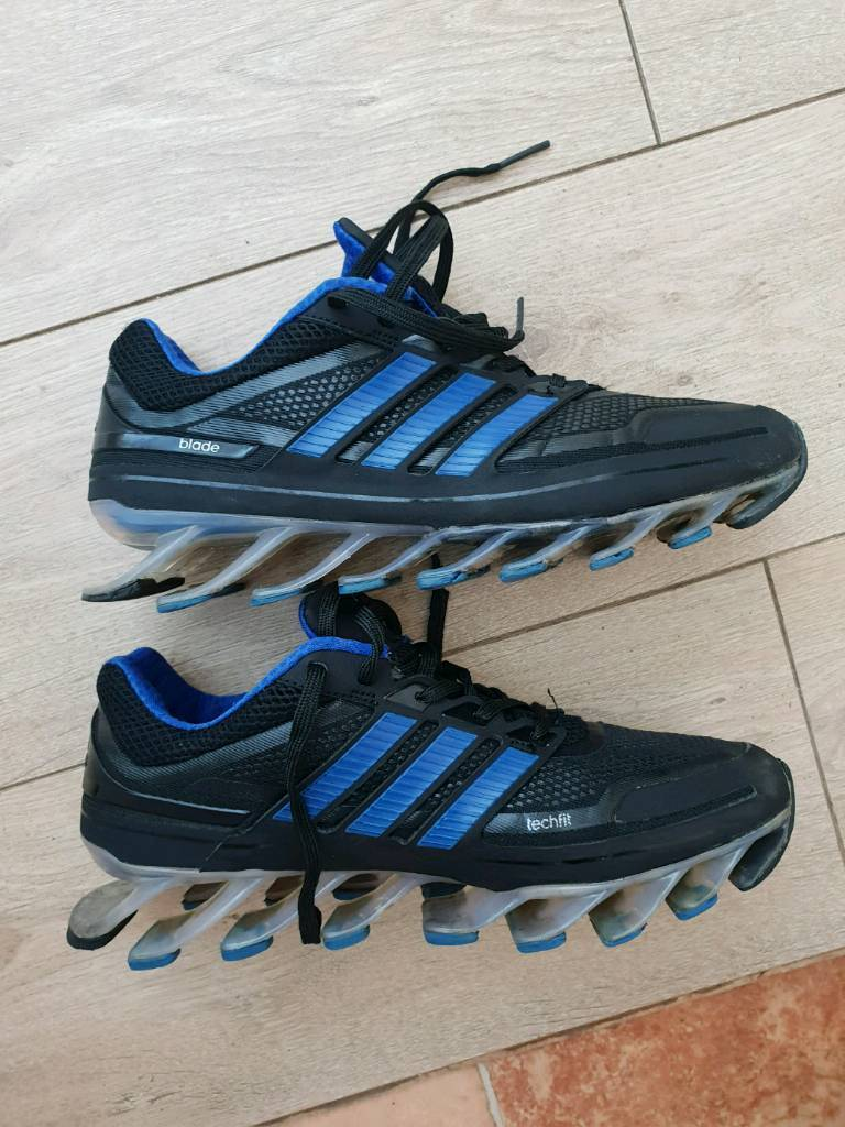 adidas trainers size 7.5