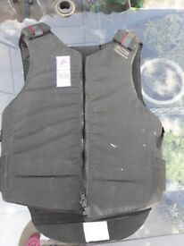 Rodney Powell Riding Body Armour Size 4 Short