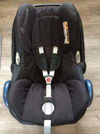 Maxi cosi cabriofix car seat, materials like new, however few scuffs on plastic under area