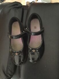 Girls size 12 school shoe, black patent leather. Very good condition