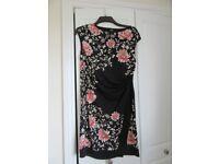 Woman's Dress Size 14