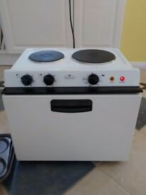 Baby Belling Table / Counter Free Standing Electric Oven/2 Hobs/Grill Model 121R