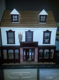 collectors dolls house with toy shop under it,great condition ideal xmas box,furnished,can deliver