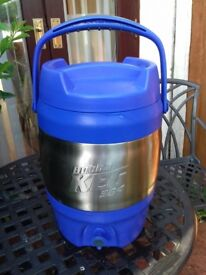 thermos drinks cooler