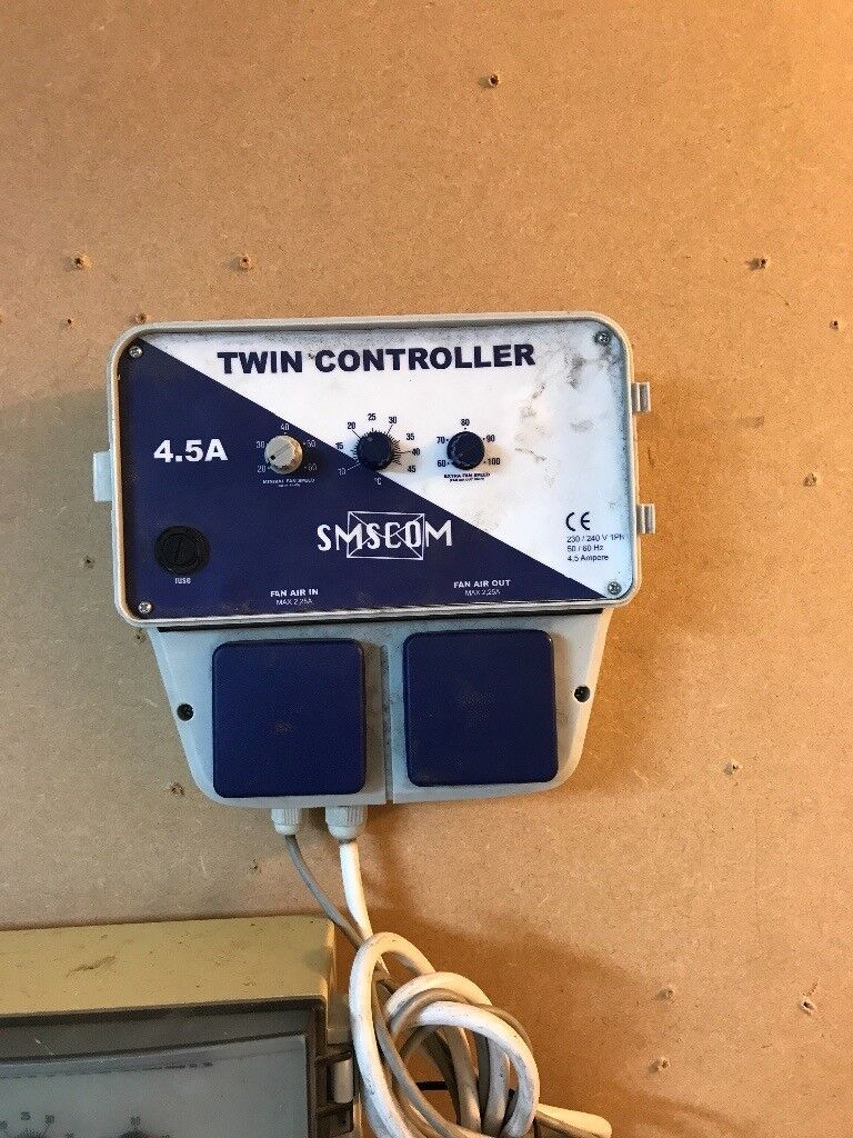 Cheshunt Hydroponics Store - used 4.5amp SMSCOM twin fan controller