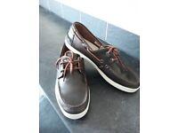 Lacoste deck shoe size 10