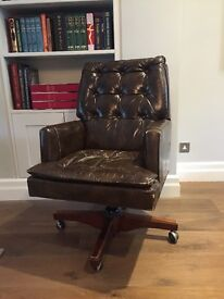 Executive Swivel Desk Chair in Brown Leather
