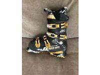 Ski boots- size UK 6.5-7