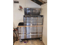TOOL BOX WITH FULL SET OF TOOLS EVERYTHING U WOULD NEED IS HERE JUST MORE PICS SEE MAIN ADD