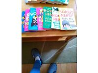 7 Horrid Henry books in good condition