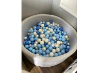 Grey Ball Pit with 500 balls approx