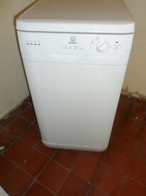 """""""Indesit""""Slim fit..Free standing Dishwasher.. For sale...Can be delivered.."""